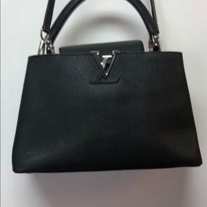 LOUIS VUITTON Taurillon Capucines PM Black